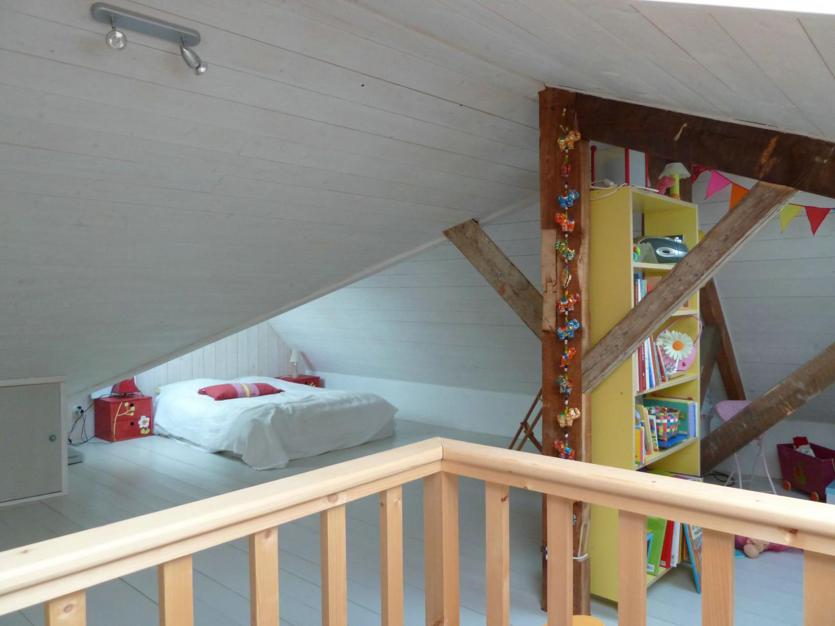 am nagement et r novation des combles d 39 une maison de. Black Bedroom Furniture Sets. Home Design Ideas